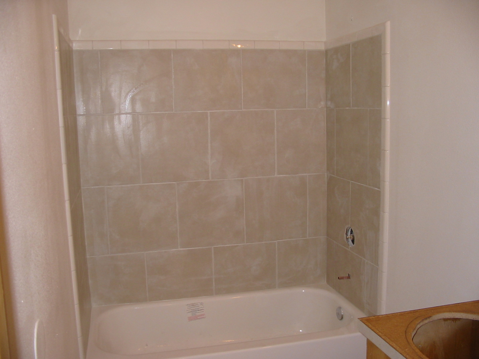 Bathroom remodeling logans residential maintenance for Bath remodel vancouver wa
